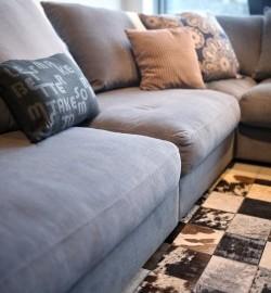 Cuscini decorativi per divani